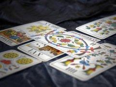 Die Kartenlegerin - Kartenlegen